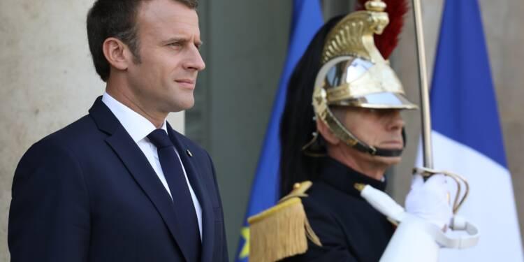 Après son plaidoyer, Macron retourne sur le terrain social