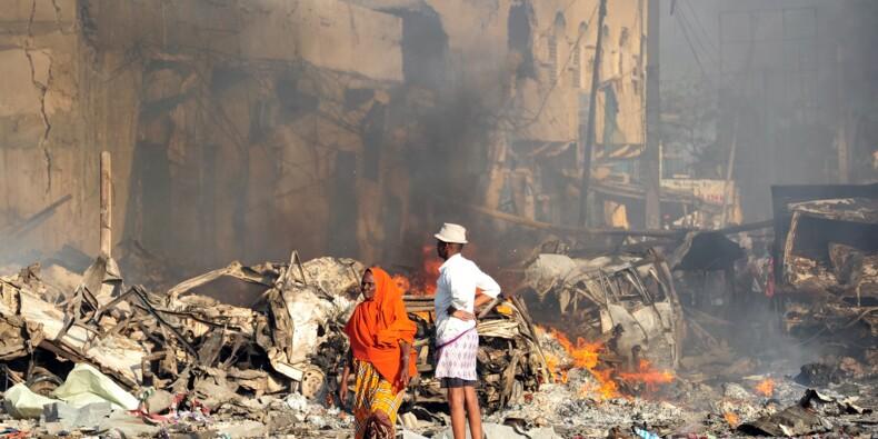 A Mogadiscio, des habitants désespérés à la recherche de leurs proches