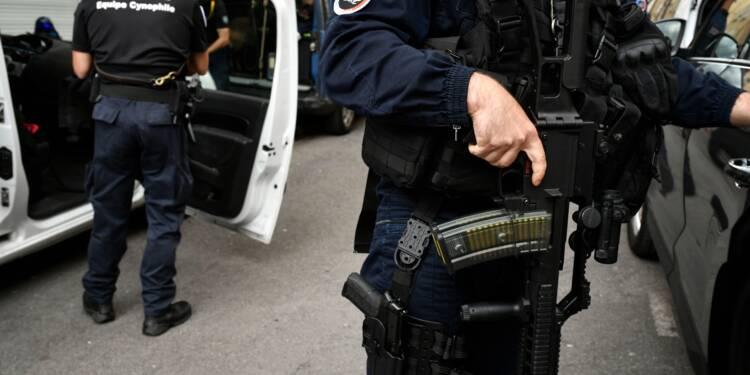 Ultra-droite: dix interpellations contre un projet d'attentat