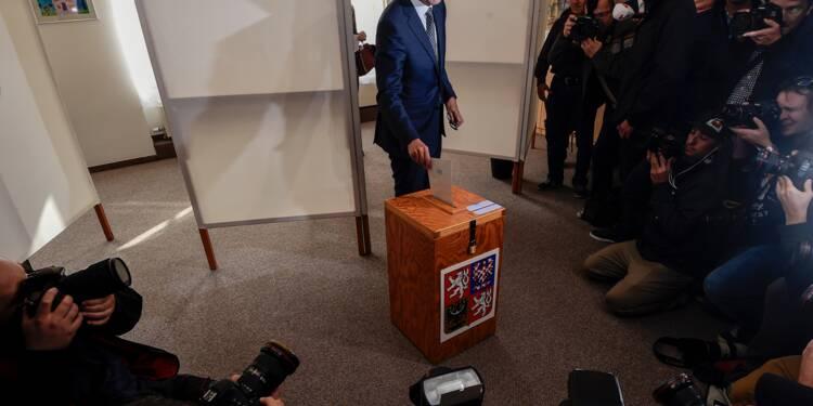 Législatives tchèques: Babis en tête, le parti d'extrême droite 2e