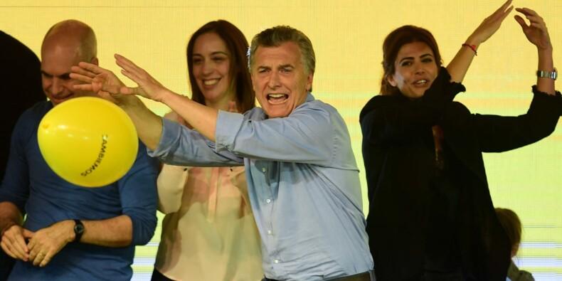 Législatives en Argentine: victoire pour le président Macri, Kirchner élue
