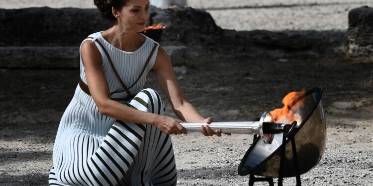 JO d'hiver 2018: la flamme olympique allumée mardi à Olympie