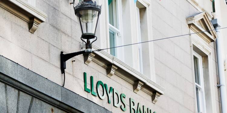 Lloyds prospère et se dit confiante dans l'économie britannique