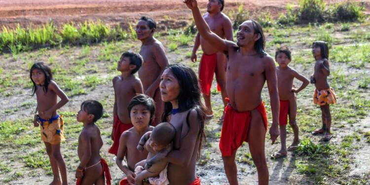 Amazonie: la tribu Waiapi, un voyage entre deux mondes