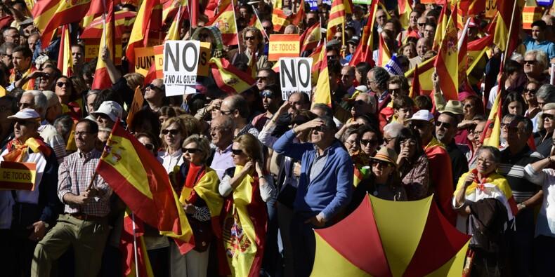 Madrid reprend en main la Catalogne dans une Espagne déchirée