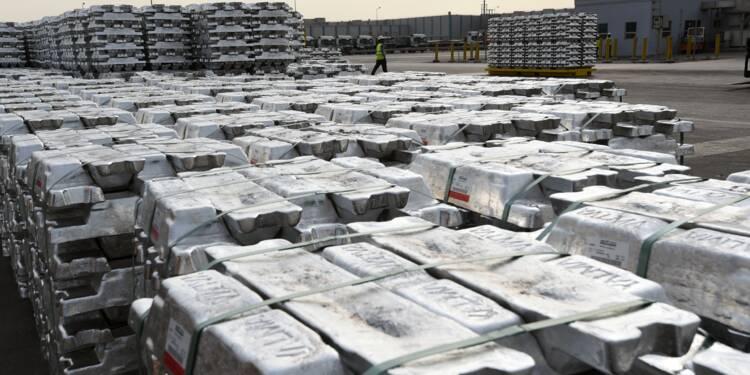 """Aluminium: """"Vif mécontentement"""" de Pékin après les sanctions américaines"""