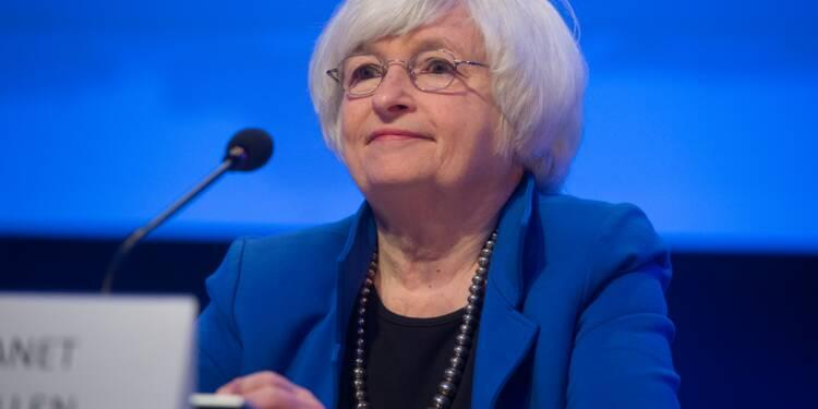 USA:la Fed laisse les taux d'intérêt inchangés, signale un rythme solide d'activité