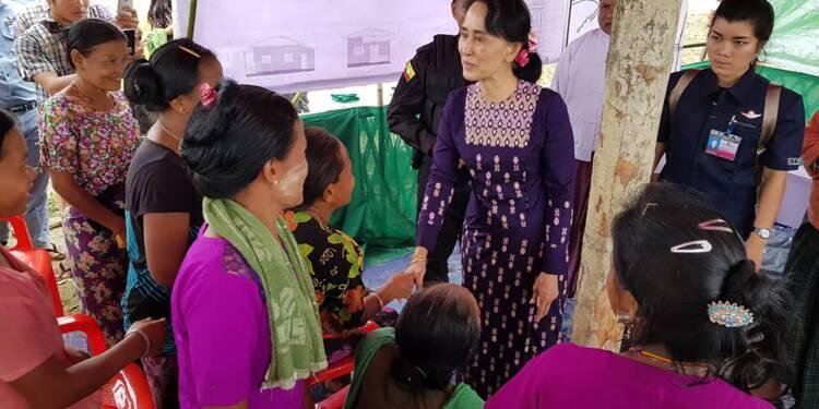 Crise des Rohingyas: première visite de Suu Kyi dans la zone du conflit