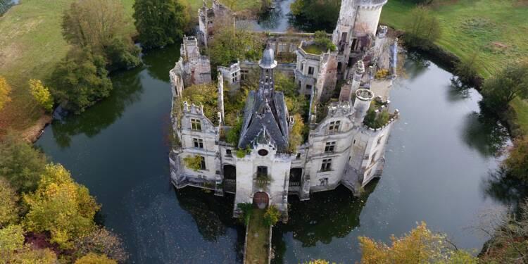Le château La Mothe-Chandeniers vendu 500.000 euros à 6.500 internautes