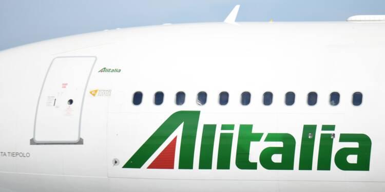Air France-KLM dément avoir déposé une offre de rachat pour Alitalia