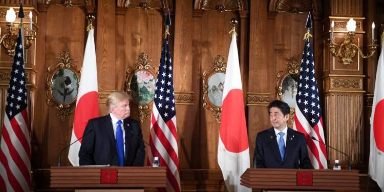 Au Japon, Trump adopte un ton moins agressif face à la Corée du Nord