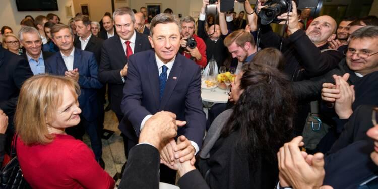"""Slovénie: réélection du """"président Instagram"""" Borut Pahor"""