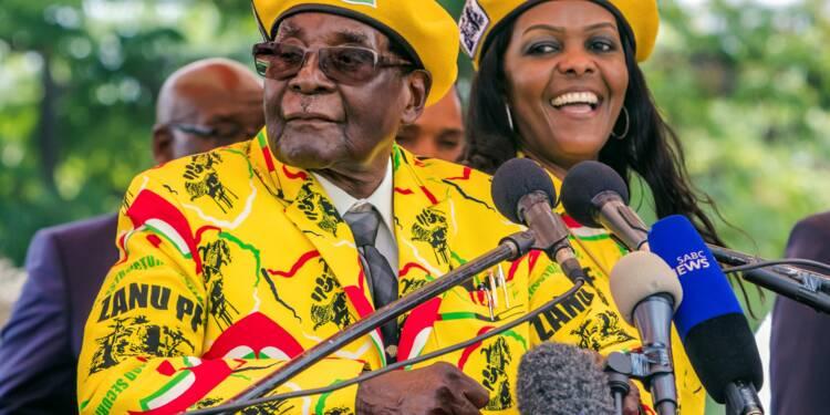 Zimbabwe: l'armée annonce être intervenue contre des proches de Mugabe