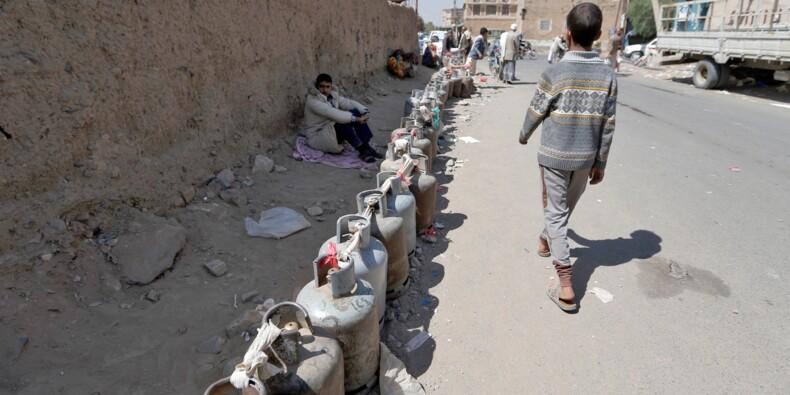 Sous blocus, des Yéménites épuisés luttent contre pénuries et privations