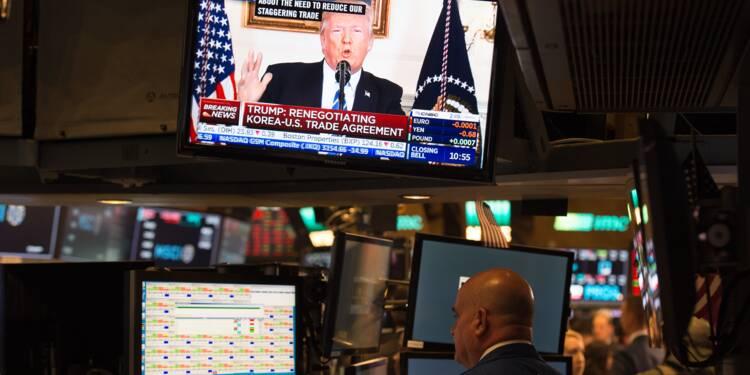 La baisse des impôts promise par Trump passe un cap au Congrès