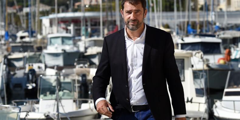 """Christophe Castaner, l'ascension à marche forcée d'un """"type normal"""""""