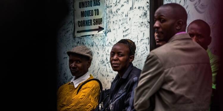 Zimbabwe: du limogeage du vice-président à la détention de Mugabe
