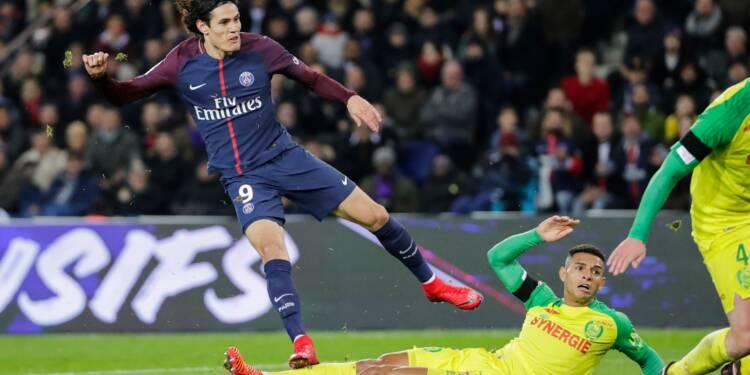 Ligue 1: le Paris SG creuse l'écart en tête, sans forcer contre Nantes
