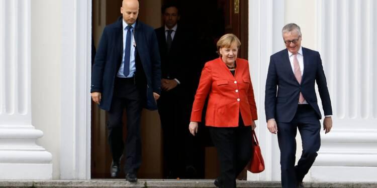 L'Allemagne en crise tente d'éviter des élections anticipées