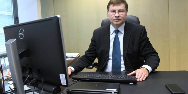 """Zone euro: la crise allemande """"n'arrêtera pas"""" Bruxelles"""
