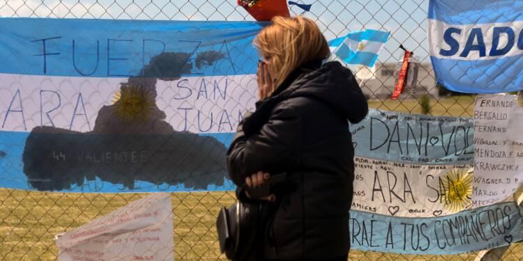 """Argentine : Macri exige """"la vérité"""" sur le sous-marin disparu"""