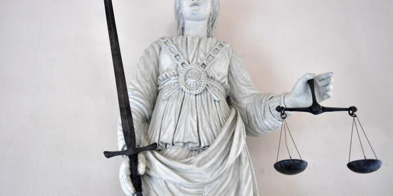 Un enseignant condamné à 18 mois avec sursispour une liaison avec une collégienne