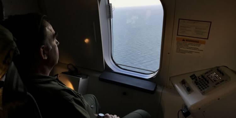 Sous-marin argentin: les recherches ne faiblissent pas, 12 jours après la disparition