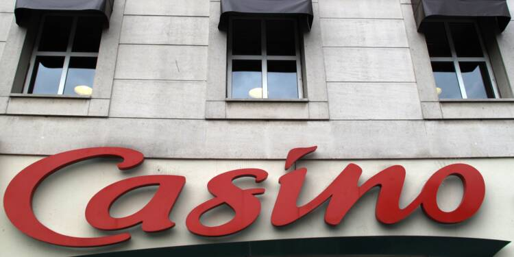 """Rallye et Casino annoncent porter plainte contre X pour """"manipulation de cours"""""""