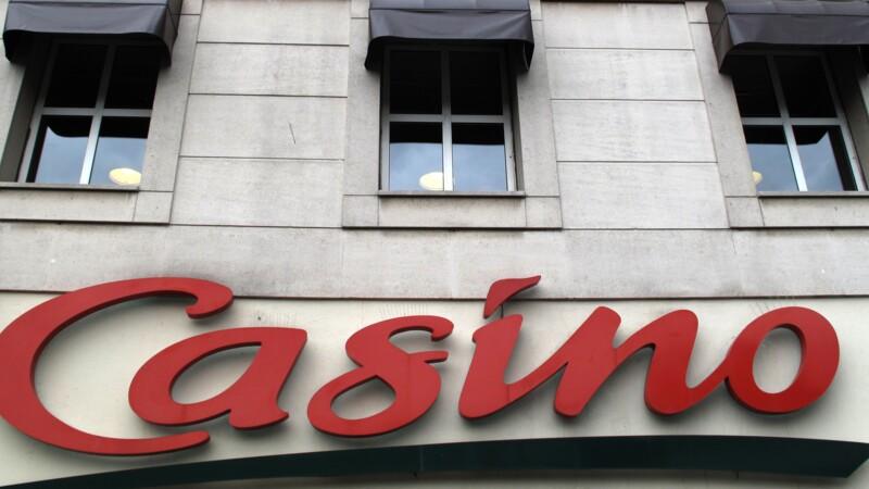 """Rallye et Casino portent plainte contre X pour """"manipulation de cours"""""""