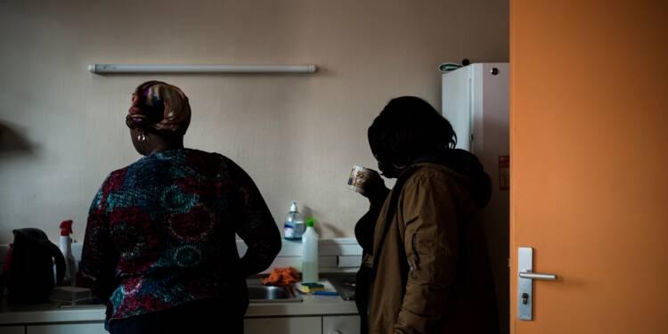 Maladie, secret et précarité : la triple peine d'Africaines séropositives