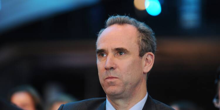 """L'ex-patron de LafargeHolcim mis en examen pour """"financement d'une entreprise terroriste"""""""