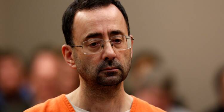 Gymnastique: l'ex-médecin Larry Nassar condamné à 60 ans pour pédopornographie