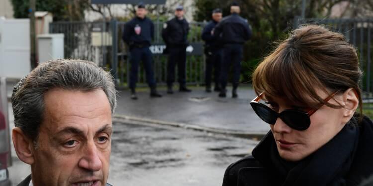 """Sarkozy sur Johnny: """"un pan entier de nos vies qui disparaît"""""""