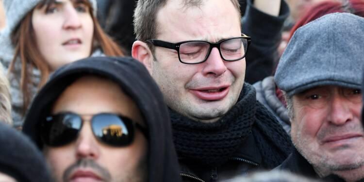 Du rock, des motos, des pleurs: les fans saluent une dernière fois Johnny Hallyday