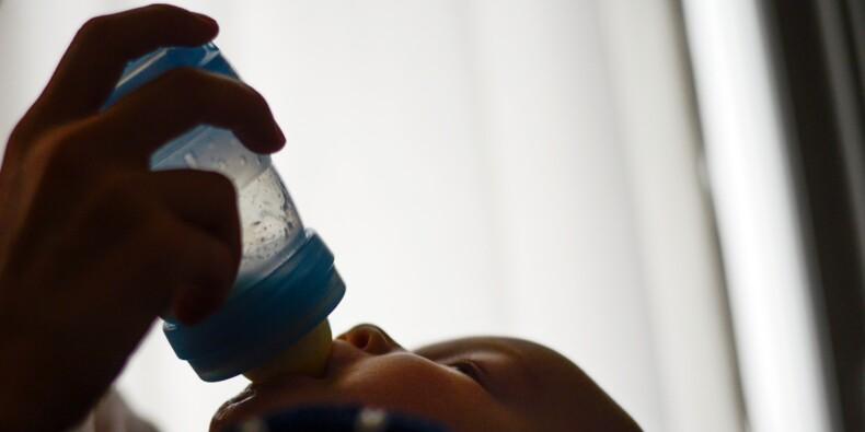 Lait contaminé Lactalis: la réponse des autorités mise en cause