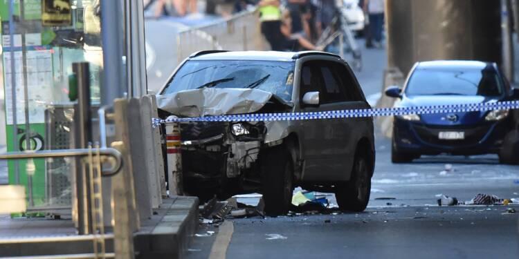 Voiture bélier à Melbourne: le geste du conducteur toujours inexpliqué