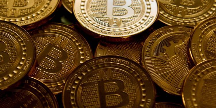 Plombé par les craintes de réglementation et les piratages, le bitcoin continue de plonger