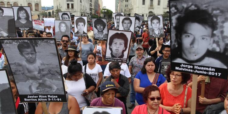Pérou: plus de 5.000 manifestants contre la grâce accordée à Fujimori