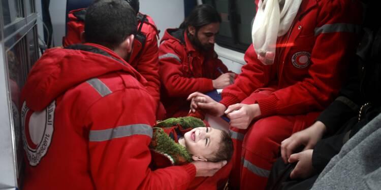 Syrie: évacuations médicales dans une zone rebelle assiégée près de Damas