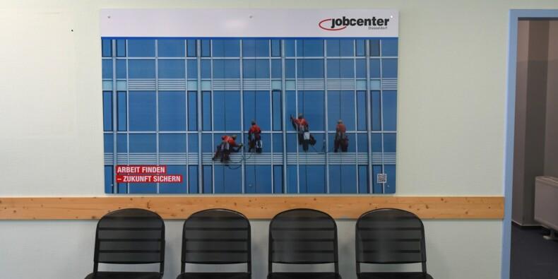 Contrôler les chômeurs, une pratique répandue en Europe