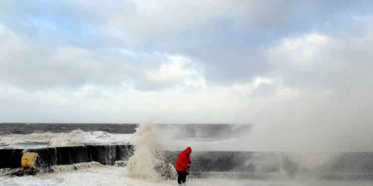 La tempête Eleanor souffle sur l'Europe: trois morts, des perturbations