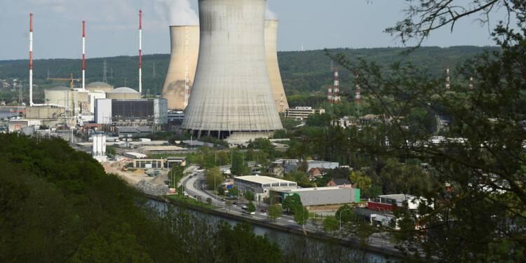 Belgique: arrêt prolongé pour un réacteur nucléaire, Electrabel pointé du doigt