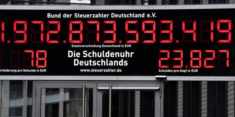 """Allemagne: """"l'horloge de la dette"""" recule pour la 1ère fois en 20 ans"""