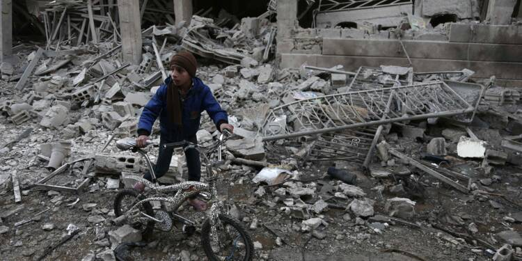 Syrie: au moins 17 civils tués dans des raids sur la Ghouta orientale (ONG)