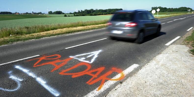 """Edouard Philippe défend la limitation à 80 km/ h sur les """"routes secondaires"""""""
