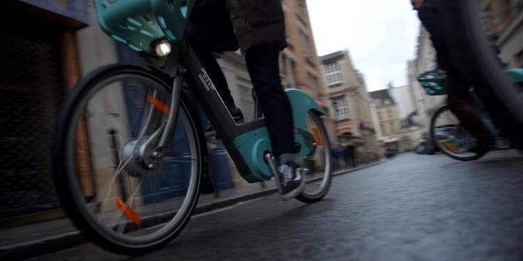 """L'arrivée du nouveau Vélib' à Paris tourne au """"cauchemar"""""""