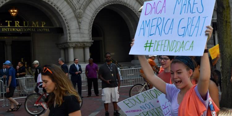Etats-Unis: un juge suspend l'abrogation par Trump d'un programme pour les jeunes sans-papiers