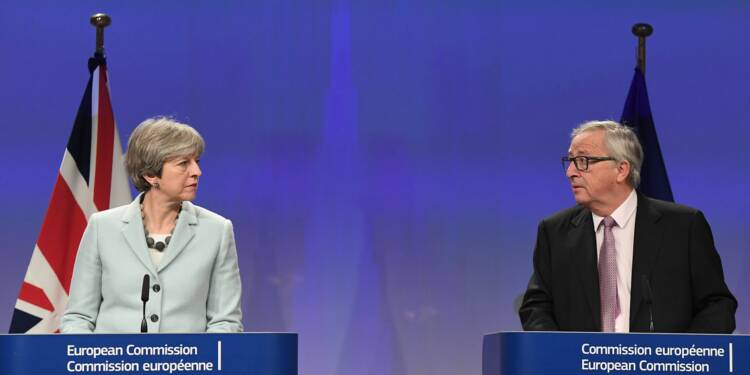 Brexit: jusqu'à 500.000 emplois britanniques menacés en l'absence d'accord avec l'UE