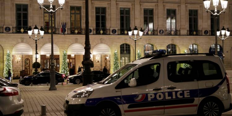 """Braquage au Ritz : des hommes armés de haches dérobent """"plus de 4 millions d'euros"""""""