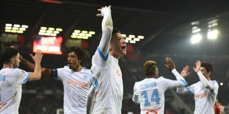 Ligue 1: Marseille, bien trop fort pour Rennes, recolle au podium